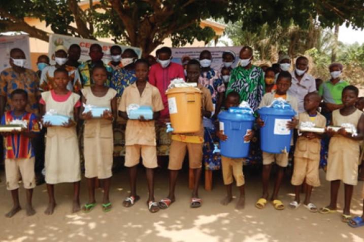 Children from the Public Primary School of Dessa
